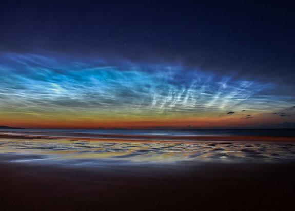 Sunderland Noctilucent Cloud Display